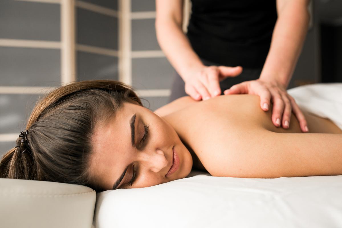 Wizytówki dla masażystów i rehabilitantów i fizjoterapeutów.